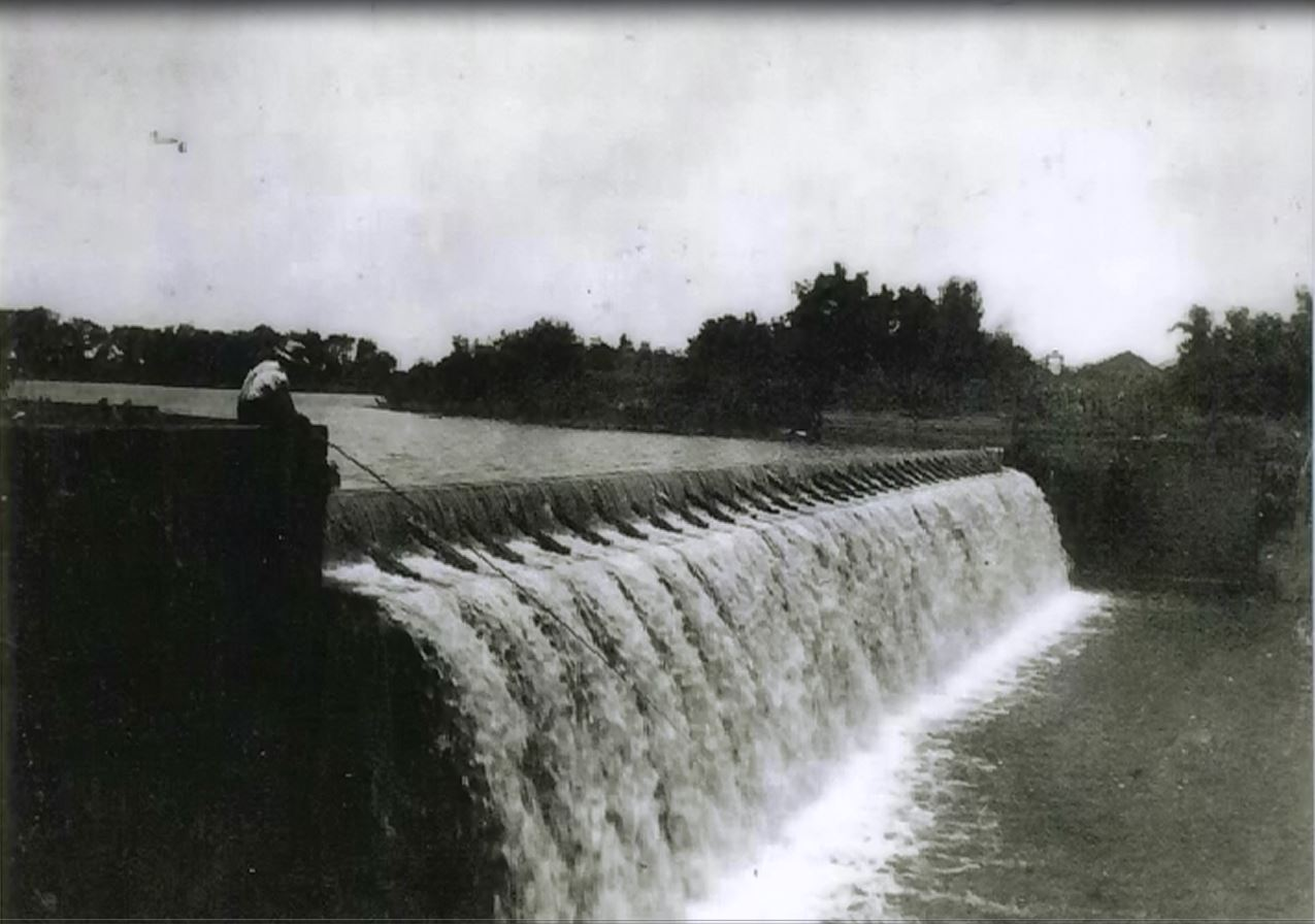 Milford dam built about 1903