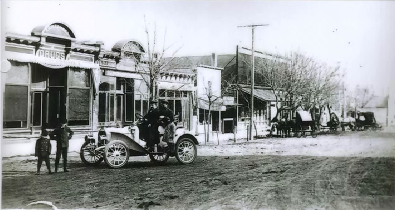 Picture taken in 1908 where the Napa store stands today